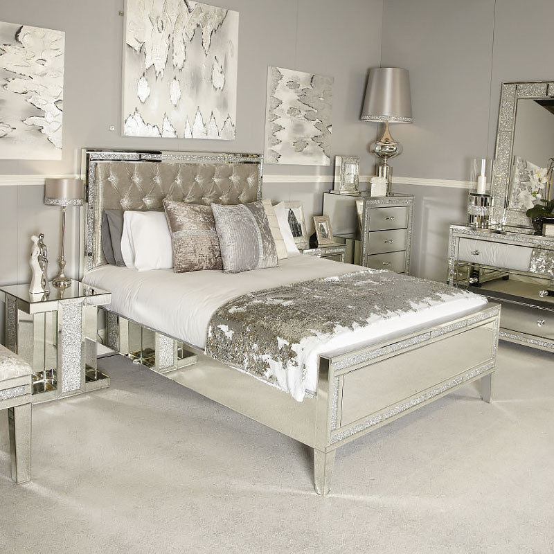 Diamond Glitz Mirrored King Size Bed