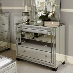 Diamond Glitz Mirrored Chest of 3 Drawers