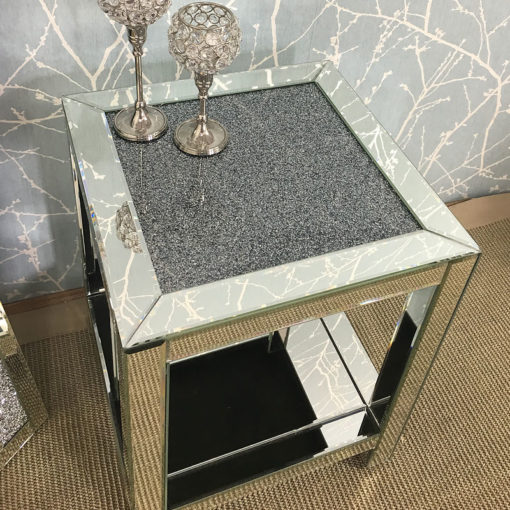 Diamond Crush Mirrored Lamp Bedside End Table With Crushed Crystals