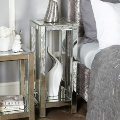 Diamond Crush Mirrored Tall Lamp End Table