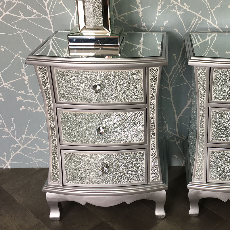 Silver Mirrored Crackle Glass Bedroom Set Picture