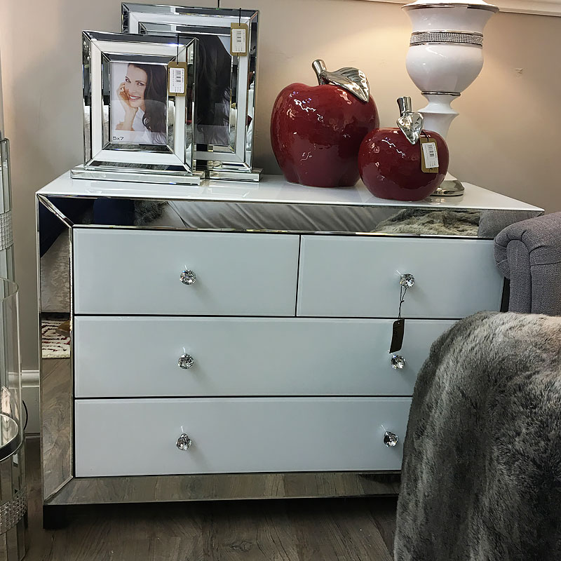 Arctic White Mirrored Glass 4 Drawer Chest Of Drawers