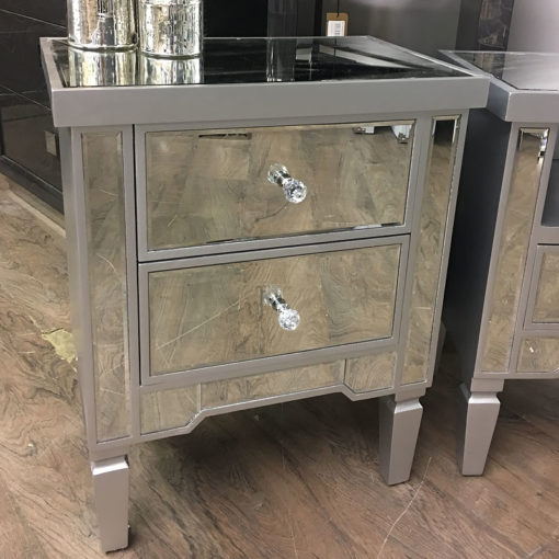 Georgia Antique Silver Mirrored Chest of 2 Drawer Bedside Cabinet Lamp Table