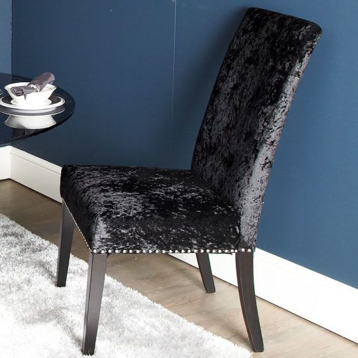 Elegant Black Dining Chair In Soft Velvet
