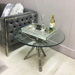 Florence Coffee Table With 3 Figurines And A Floating Glass Table Top