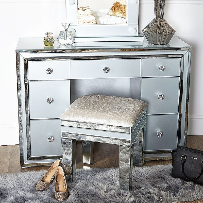 brand new 52b8d b990a Madison Grey Glass 7 Drawer Mirrored Dressing Table