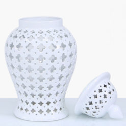 White Ceramic Ginger Jar Vase Home Decoration With Domed Lid 61cm