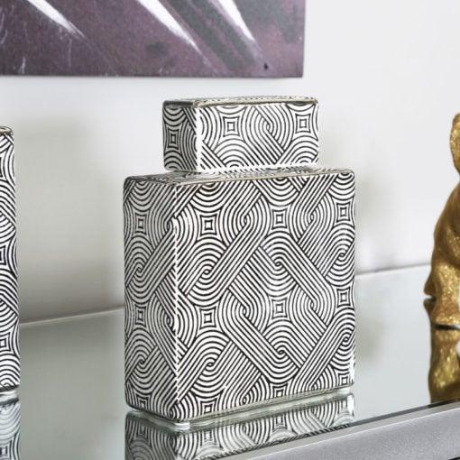 Medium Black And White Ceramic Ginger Jar Vase Decoration 21cm